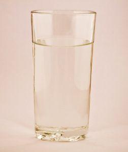 Gyomorégésre víz